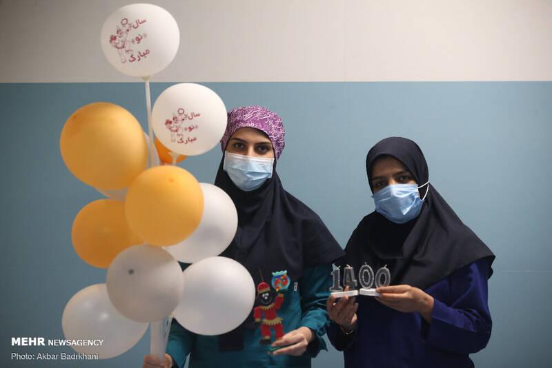 لحظات تحویل سال نو در کنار کادر درمان
