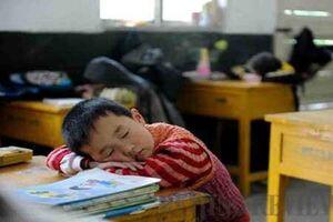 ۱۰ قانون عجیب و غریب مدارس در جهان