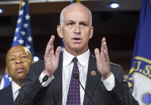 مخالفت سناتور آمریکایی با خروج از افغانستان