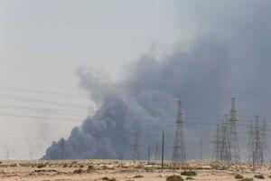 حمله یمن به تاسیسات نفتی عربستان +فیلم