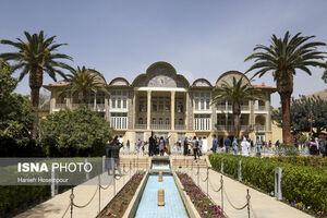 عکس/ مسافران نوروز ۱۴۰۰ در باغ ارم شیراز