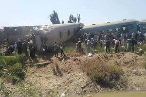 برخورد دو قطار مسافری در مصر