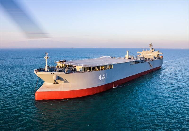 آغاز به کار غولهای نظامی ایران در دریا