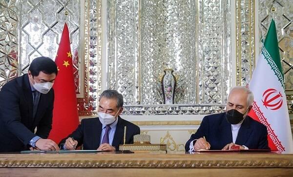 ظریف: رفع تحریمها علیه ایران، زمینه اجرای کامل برجام را فراهم میکند