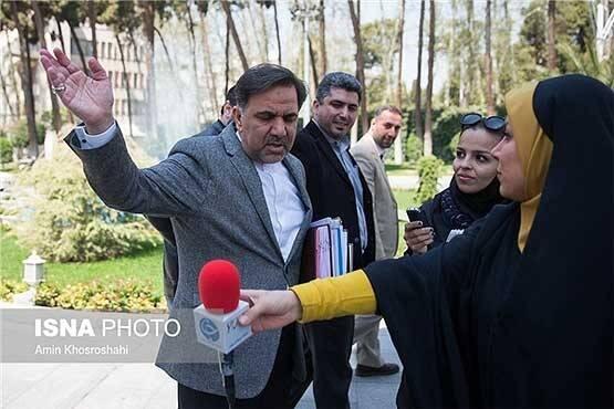 چرا احمدینژاد شریک عملکرد آخوندی است؟ / وقتی عامل اصلی فاجعه مسکن نقش «افلاطون زمان» را بازی میکند! +عکس و فیلم