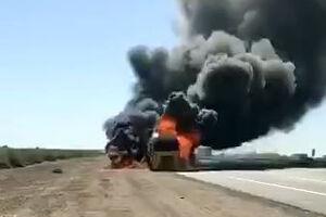 فیلم/ انفجار کامیون حامل تجهیزات ارتش آمریکا در عراق