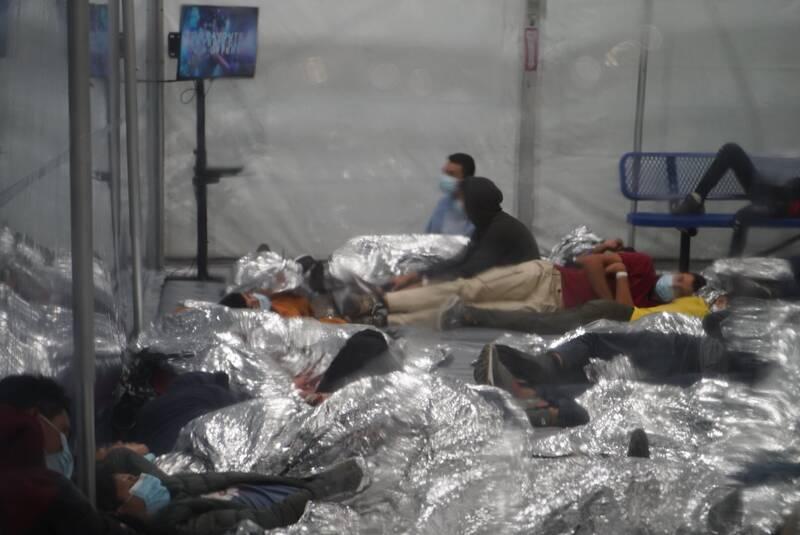 وضع اسفبار کمپ پناهجویان در مرز جنوبی آمریکا +عکس