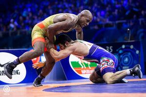 رقیب آمریکایی علیرضا کریمی المپیک را از دست داد/ کاکس یک دقیقه دیر رسید!
