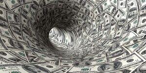 سایه سنگین سیاستهای آمریکا روی دلار