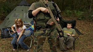 کودکان آمریکایی در معرض جنون سلاح گرم+فیلم