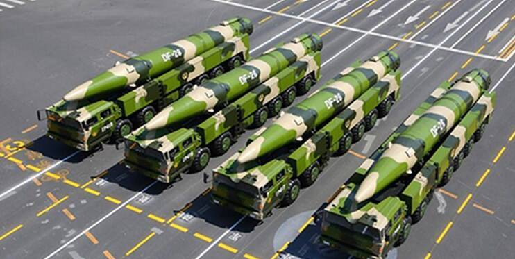 12 جنگنده چینی در کمین «ناو موشک انداز جان مک کین» آمریکا