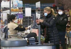 اعتراضات خشونت بار ضد محدودیتهای کرونایی در اتریش/ تمایل اکثر شهروندان برای خرید واکسن روسی