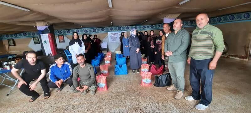 توزیع غذای گرم بین آوارگان سوری +عکس و فیلم