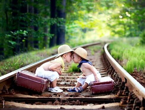 کودک عاشق چه کودکی میشود؟