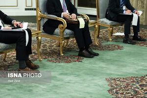 عکس/ دست به قلم بودن دیپلماتهای کره جنوبی