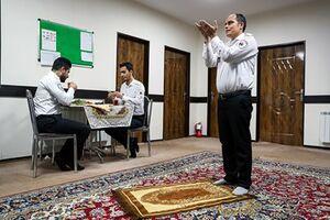 عکس/ ضیافت افطار در مراکز اورژانس
