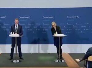 فیلم/ لحظه غش کردن مسئول دانمارکی در کنفرانس مطبوعاتی