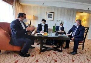 نشست سهجانبه رؤسای هیئتهای مذاکرهکننده ایران، روسیه و چین