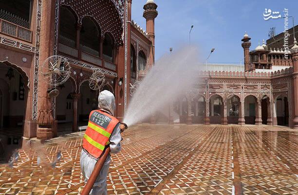 ضد عفونی کردن مسجدی در پاکستان