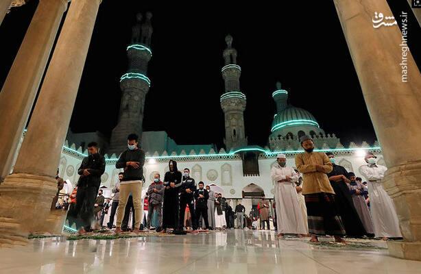 نماز خواندن در ماه مبارک رمضان - مصر