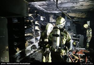 عکس/ آتش سوزی در پاساژ مهستان