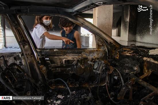 عکس/ خودروهایی که عامل آتش سوزی ساختمان ۵ طبقه شدند