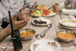 روزه خود را چگونه افطار کنیم؟