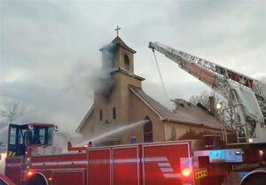 کلیسای قدیمی مینیاپولیس در آتش سوخت +فیلم