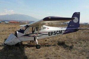 فرود اضطراری هواپیما در جاده جاجرم