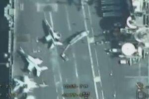 پرواز پهپادهای ایران برفراز ناو هواپیمابر آمریکا در خلیج فارس+فیلم