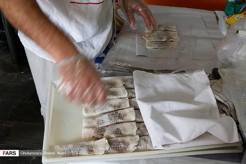 خوشکار تهیه شده برای مشتریان بسته بندی می شود