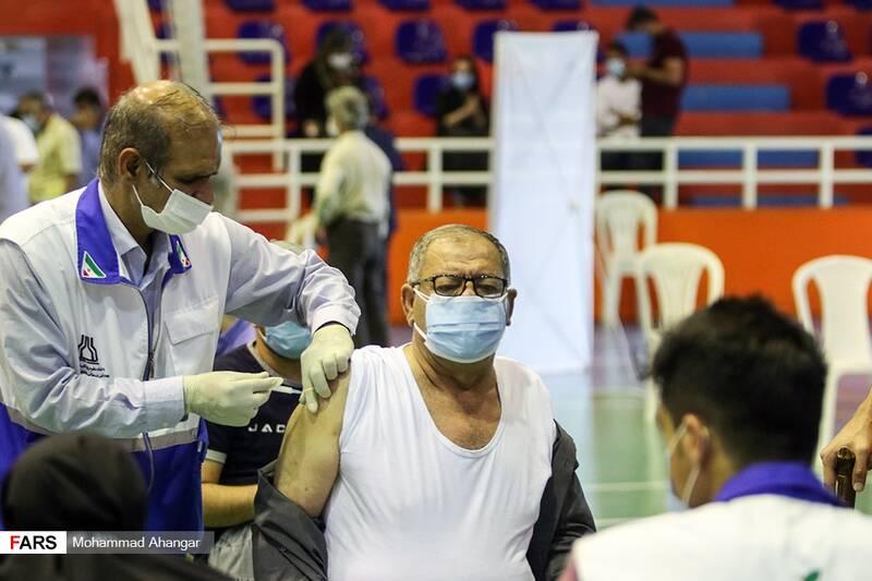 تزریق واکسن کوید 19 به بیماران خاص در اهواز