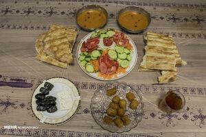 مصرف کدام گروههای غذایی برای روزهداران لازم است؟