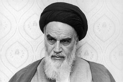 فیلم/ حکم تنفیذ حضرت امام برای آیتالله خامنهای