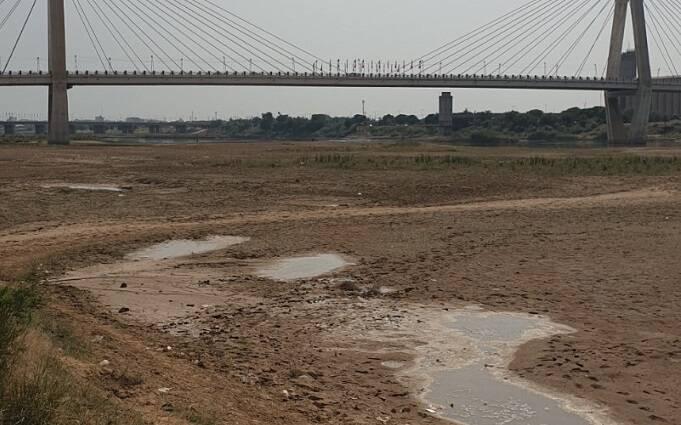تصویری غمانگیز از کارون، پرآبترین رود ایران