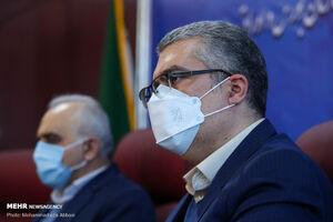 واریز ٢٠٠ میلیون دلار به بازار سرمایه/ همتی قول مساعد داد /٣۶٠٠ سهامدار خارجی در بورس تهران سهام دارند