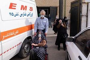 عکس/ واکسیناسیون سالمندان و بیماران خاص در شیراز