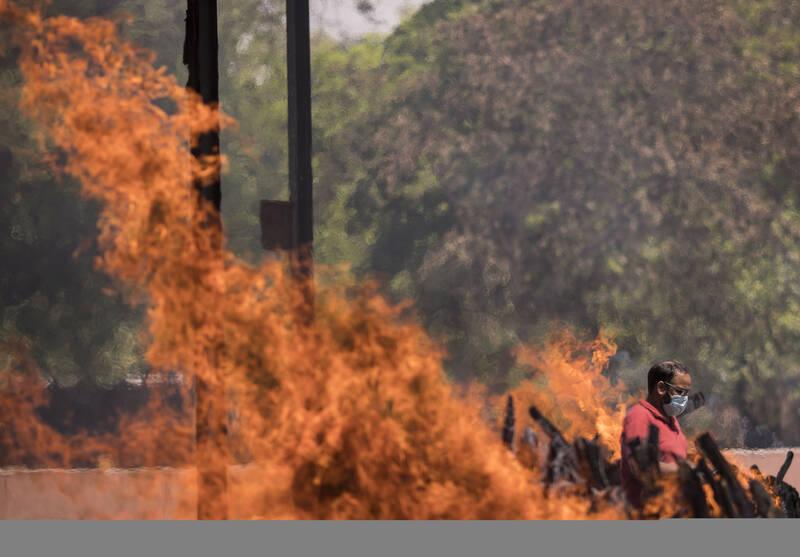دلایل بحران شیوع کرونا در هند؛ چرا وضعیت کرونایی در هند بحرانی شد؟