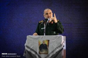 سپاه از اقشار کمتوان حمایت میکند/ امضای تفاهمنامه ساخت ۵۰ هزار واحد مسکونی