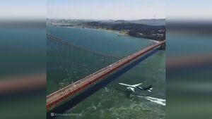 فیلم/عبور خارق العاده هواپیما از زیر پل سانفرانسیسکو
