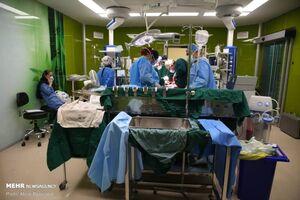 عکس/ لحظه انجام عمل جراحی پیوند ریه