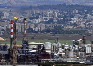 وقوع آتشسوزی در پالایشگاه نفت حیفا +فیلم