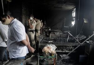 آخرین دردسر کرونای هند؛ آتشسوزی در بیمارستان +عکس