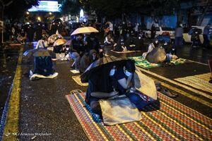عکس/ حال و هوای احیای شب نوزدهم رمضان در تهران