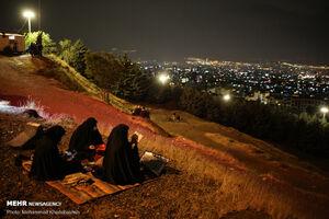 عکس/ احیای شب نوزدهم ماه رمضان در کهف الشهدا