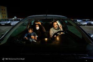 عکس/ احیای شب بیست و یکم رمضان در خودرو