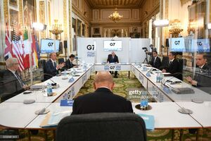 عکس/ دیدار وزیران خارجه هفت کشور پشت صفحات طلقی