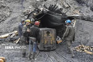 عکس/ عملیات امداد و نجات کارگران معدن طزره