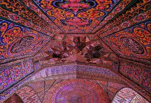 عکس/ کاشیکاری زیبای محراب مسجد نصیرالملک
