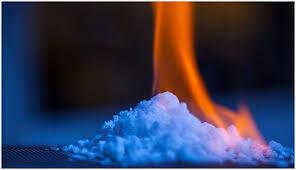 سوختن گاز متان تولید شده در دریاچه+ فیلم